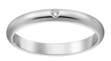 板野友美,指輪