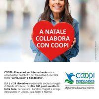 Carta, nastri e solidarietà: Coopi cerca coordinatori di banchetto per i pacchetti solidali