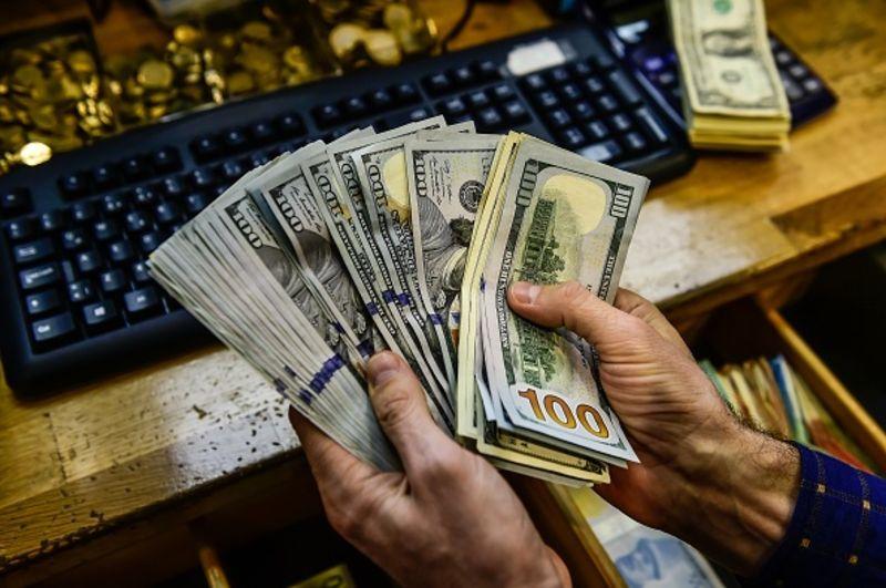 Isu Perdagangan Terus Menjadi Tumpuan, Dollar Stabil Di Paras Tertinggi 2 Minggu Lalu