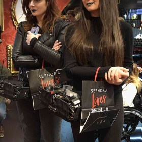 PARIS, FRANCE - JANUARY 23: (L-R) Elsamakeup and thedollbeauty attends the Kat Von D Beauty opening weekend with influencers at Sephora Champs-Elysees on January 23, 2017 in Paris, France. (Photo by Dominique Charriau/Getty Images for Sephora) *** Local Caption *** Sananas; thedollbeauty