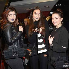 PARIS, FRANCE - JANUARY 23: (L-R) Beauty influencers Elsamakeup,Thedollbeauty and Clara Channel attend the Kat Von D Beauty opening weekend with influencers at Sephora Champs-Elysees on January 23, 2017 in Paris, France. (Photo by Dominique Charriau/Getty Images for Sephora) *** Local Caption *** Clara Channel; Elsamakeup; ClaraChannel