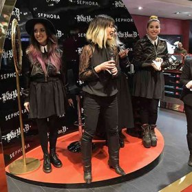 PARIS, FRANCE - JANUARY 23: (L-R) Tara Buenrostro, General manager and Vice President MaiLy Kopatsy, Steffanie Strazzere and Head of global marketing Kelly Coller attend the Kat Von D Beauty opening weekend with influencers at Sephora Champs-Elysees on January 23, 2017 in Paris, France. (Photo by Dominique Charriau/Getty Images for Sephora) *** Local Caption *** Tara Buenrostro; MaiLy Kopatsy; Steffanie Strazzere; Kelly Coller