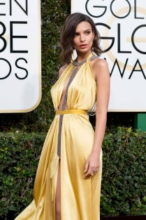 Emily Ratajkowski attends the 74th Annual Golden Globe Awards at The Beverly Hilton Hotel on January 8, 2017 in Beverly Hills, California.
