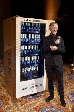 NEW YORK, NY - FEBRUARY 08: Actor Alan Cumming auctions off the Moet vending machine attends as Moet & Chandon Toasts to the amfAR New York Gala At Cipriani Wall Street at Cipriani Wall Street on February 8, 2017 in New York City. (Photo by Bryan Bedder/Getty Images for Moet & Chandon) *** Local Caption *** Alan Cumming