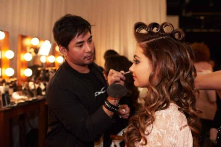 Caris Tiivel, Miss Australia 2016 gets makeup done by a MAC Cosmetics artist backstage during The 65th MISS UNIVERSE® Telecast airing on FOX at 7:00 PM ET live/PT tape-delayed on Sunday, January 29 from the Mall of Asia Arena. The contestants have been touring, filming, rehearsing and preparing to compete for the Miss Universe crown in the Philippines. HO/The Miss Universe Organization