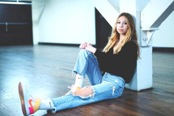 Model Jozie Alter in her mom jeans. Photograph by Mike Chaiken.