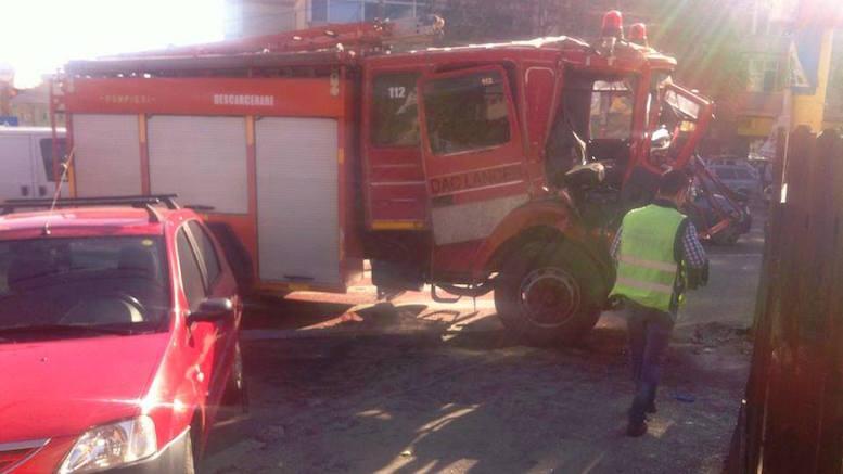 Accident cu mașina de pompieri