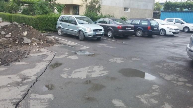 Parcare în Constanța. FOTO Ștefan Gîrdeanu