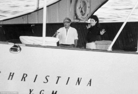 """La bordul yachtului """"Christina O"""""""