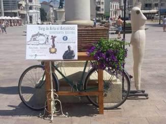 Târg de Artă și Antichități în Piața Ovidiu