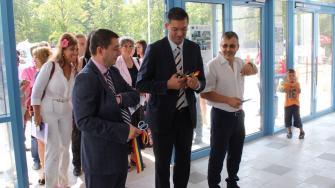 Horia Țuțuianu, Daniel Learciu și Adrian Bîlbă inaugurează noul Delfinariu din Constanța. FOTO Adrian Boioglu