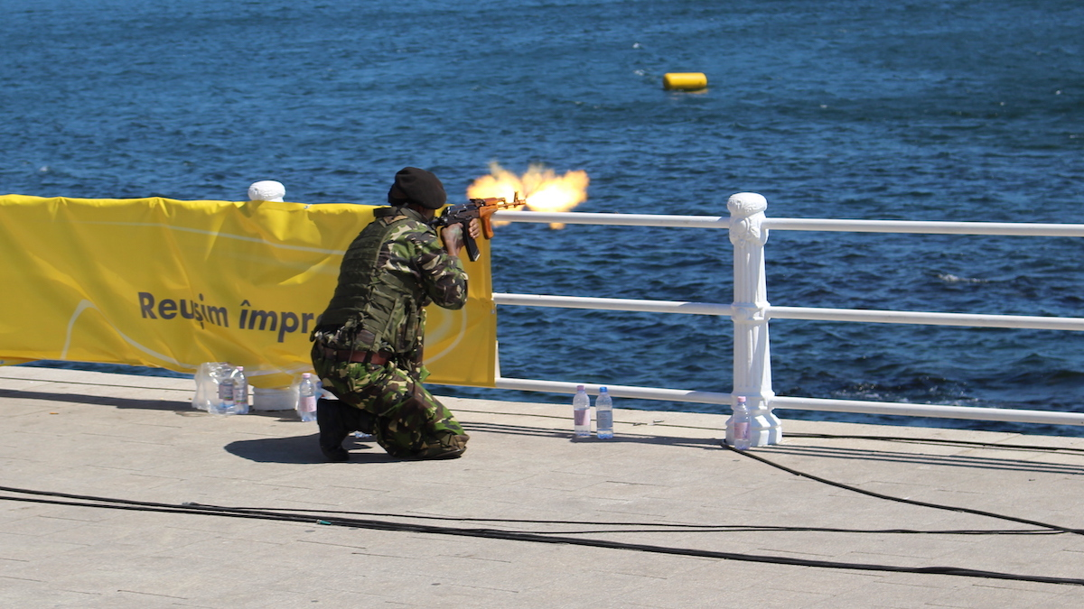 Atac de pe mal la Ziua Marinei Române. FOTO Adrian Boioglu