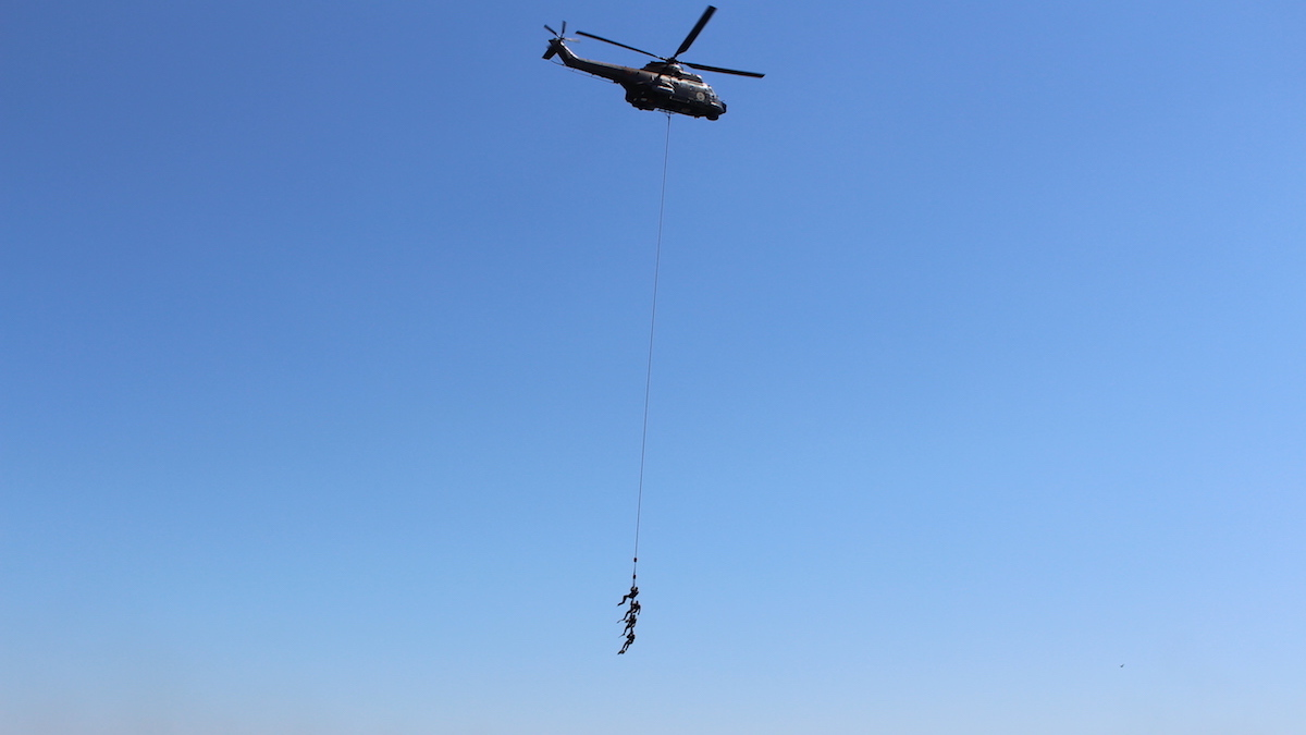 Desant din elicopter. FOTO Adrian Boioglu