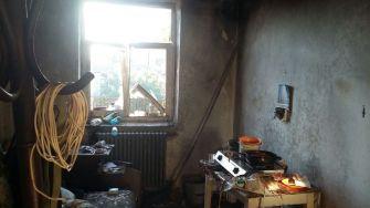 Ce a rămas în urma exploziei. FOTO Arhivă