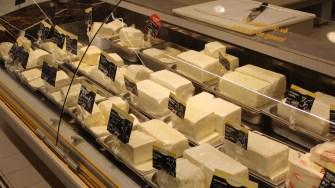 Brânzeturi la cora City Park Mall. FOTO Adrian Boioglu