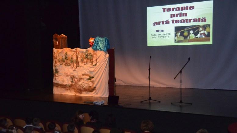 Terapie prin artă teatrală la Tulcea
