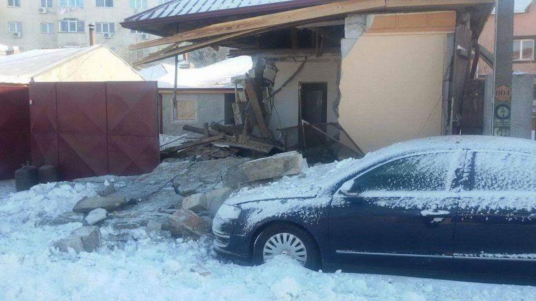 Casă dărâmată de o explozie în Constanța