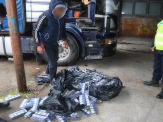 Tigari de contrabanda in camion FOTO Garda de Coasta