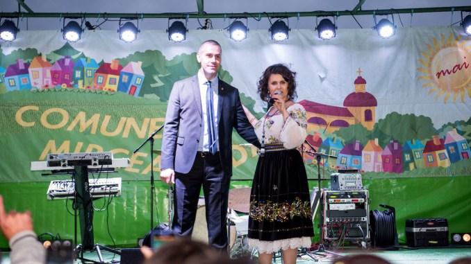 Primarul George Ionașcu, pe scena de la Ziua Comunei