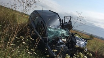 Mașina după accident. FOTO ISU Dobrogea