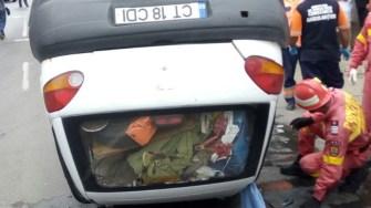 Accident rutier pe strada Baba Novac . Matiz răsturnat. FOTO ISU Dobrogea