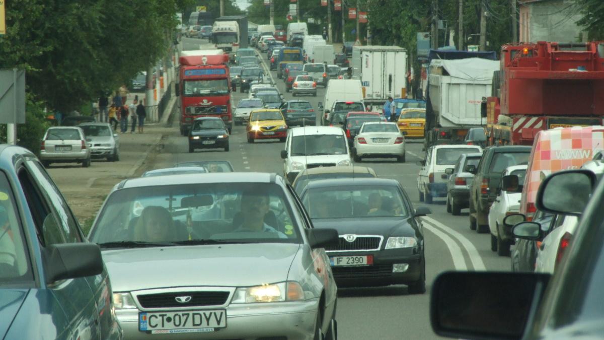masini trafic aglomerat (10)