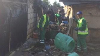 Cele 18 locuințe ridicate abuziv și care erau un focar de infectie au fost demolate de angajatii Polaris