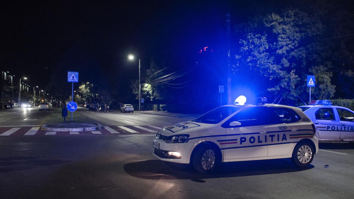 Trafic rutier blocat de masini politie (4)