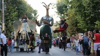 ART DISTRICT: Peste 50.000 de spectatori la Festivalul Internațional de stradă