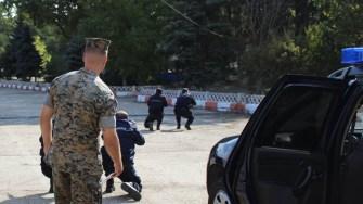 Militarii americani au coordonat un exercitiu al jandarmilor specializați pe paza transporturilor. FOTO Jandarmeria Română