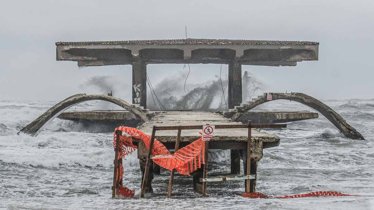 Furtuna pe mare cod de furtuna (2)
