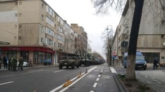 Autovehiculele de luptă au defilat pe bulevardul Tomis. FOTO Andrei Dan