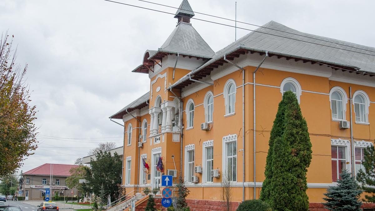 Sediu Primaria Consiliul Local Medgidia (6)