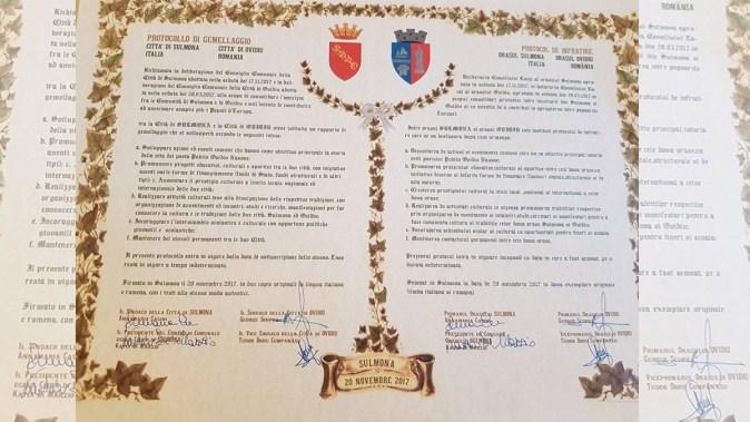 La Sulmona, Italia a fost semnatul documentul de înfrățire cu orașul Ovidiu. FOTO Primăria Ovidiu