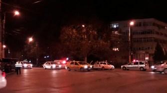 În urma neacordării de prioritate, două persoane din taxi au fost rănite