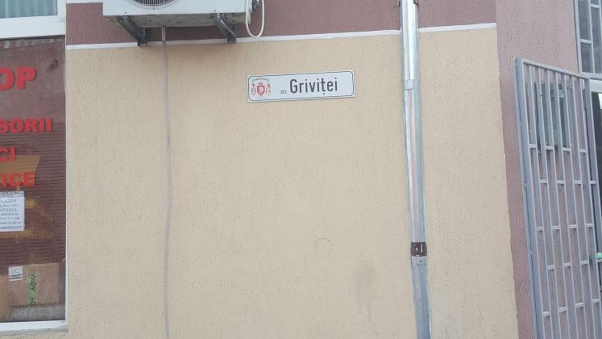Primăria Constabța a adoptat un nou tip de plăcuțe cu denumirea străzilor. FOTO Primăria Constanța