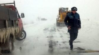 Polițiștii au instituit filtre rutiere pentru aplicarea restricției de tonaj