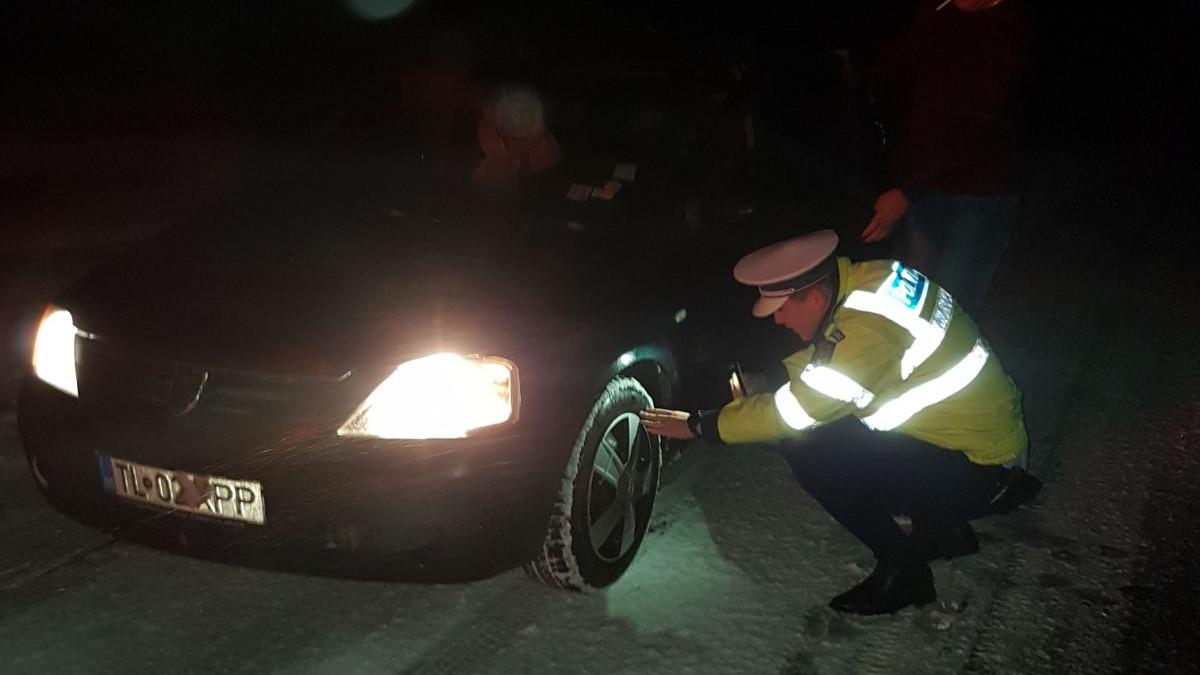 Iarna politie anvelope (9)
