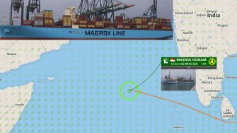 Una dintre cele mai mari și mai moderne nave port container, Maersk Honam a luat foc în Marea Arabiei. FOTO SLN
