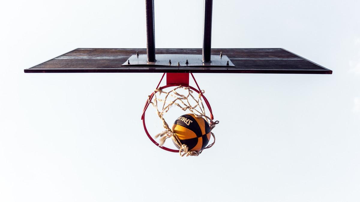 aline-de-nadai Basketball