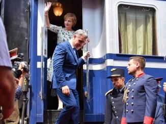 Familia Regala a coborât din tren la Medgidia. FOTO Facebook