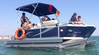 Ponton Boat e disponibil și în România. FOTO pontonboat.ro
