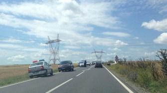 Circulația a fost restricționată în urma accidentului rutier. FOTO CTnews.ro