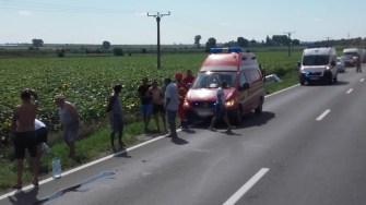 La locul accidentului au ajuns mai multe echipaje de intervenție. FOTO ISU Dobrogea