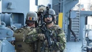 Militarii au executat exerciții specifice. FOTO MAPN