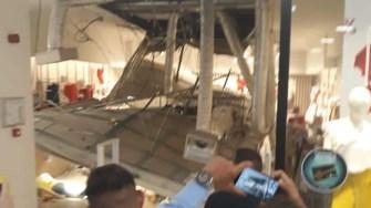 Tavan căzut la City Park Mall Constanța. FOTO Ion Frățilă