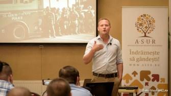 Conferințele Raționalilor sunt susținute în întreaga țară.