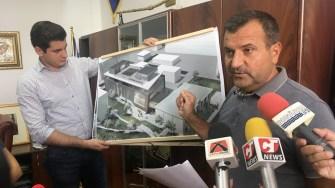 Primarul Valentin Vrabie prezintă proictul noului Centru Multicultural Medgidia. FOTO CTnews.ro