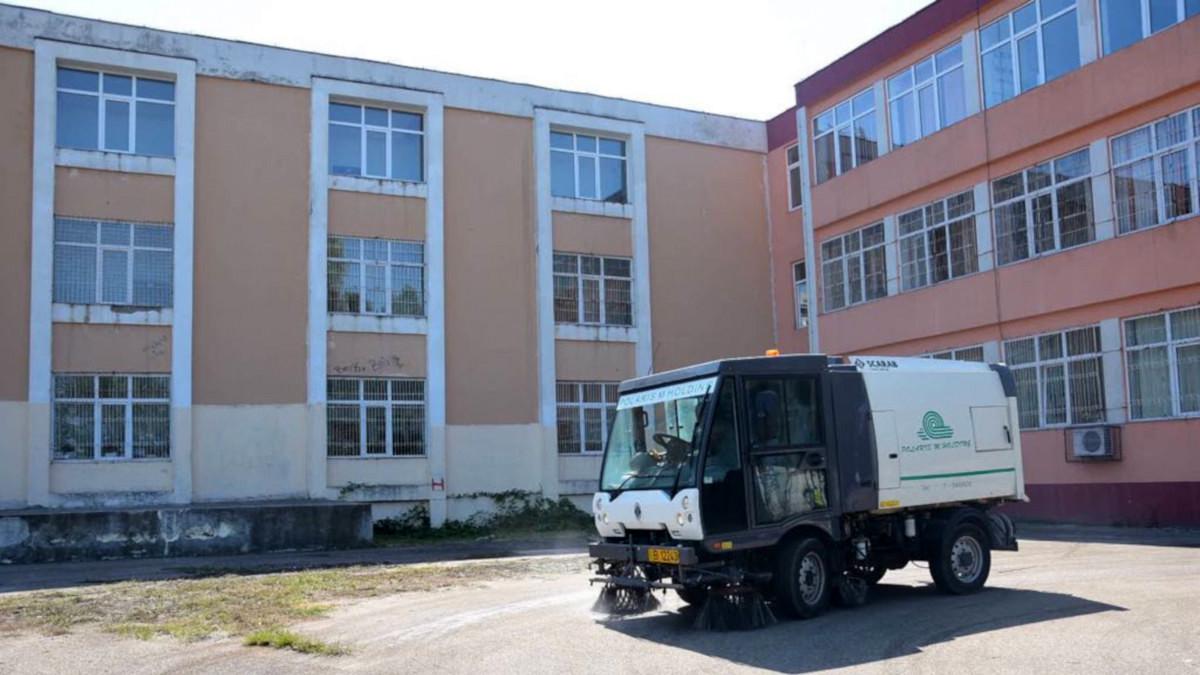 Igienizare scoli (4)