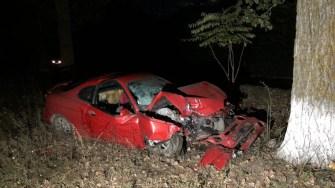 Mașina implicată în accident s-a transformat într-un morman de fier vechi. FOTO IPJ Constanța